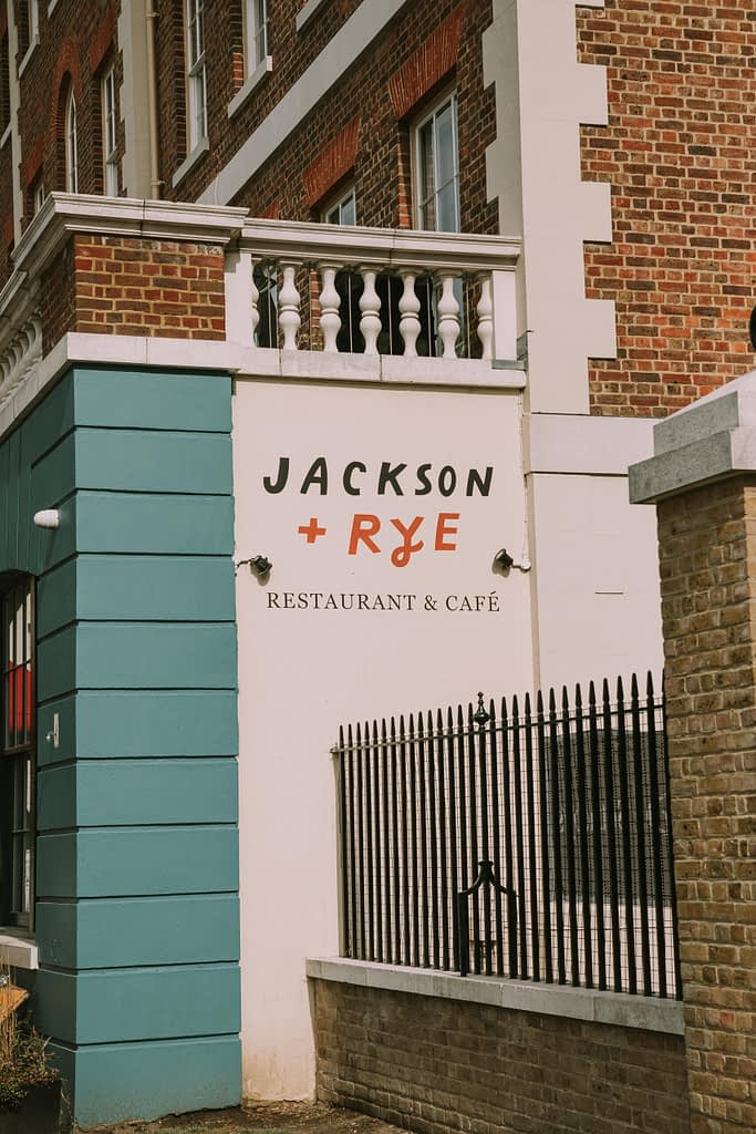 Jackdon and Rye written on side of a wall