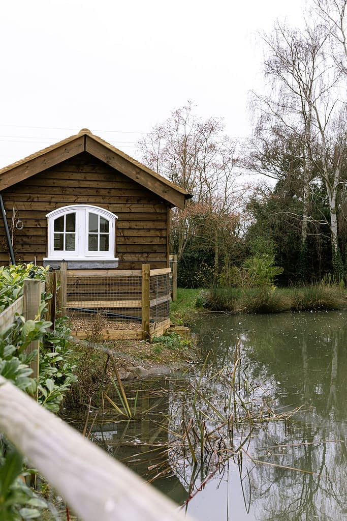 lake and shed in Hertford farmhouse